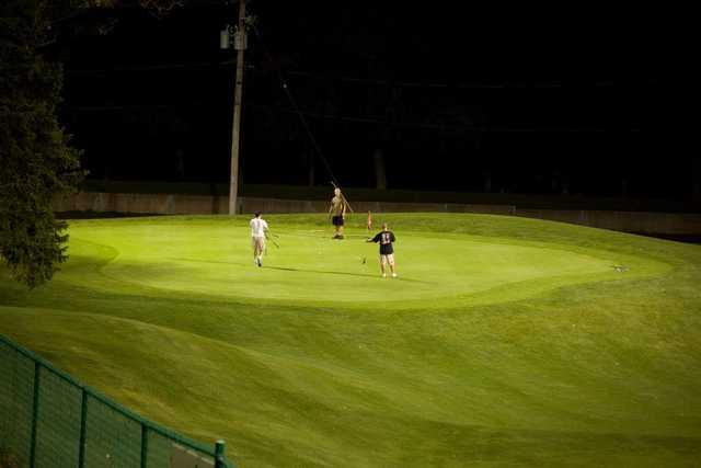 A view of the 1st hole at Golf Center Des Plaines Par-3 Course