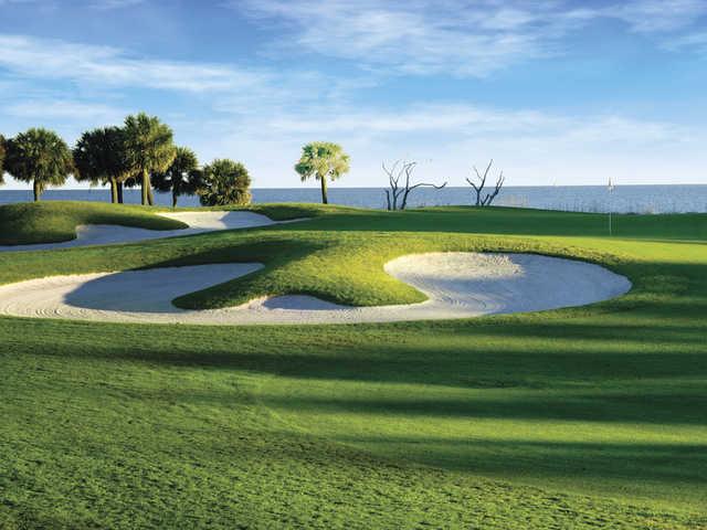 Robert Trent Jones Oceanfront Course at Palmetto Dunes Oceanfront Resort, Hole #10 close-up