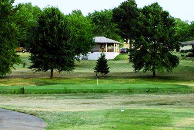 A view from a tee with a narrow path on the lft side at Sullivan Golf Club