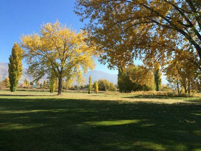 A sunny day view from Lakeside Golf Course
