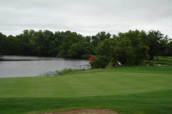 A view of the 18th green at Tallgrass Country Club
