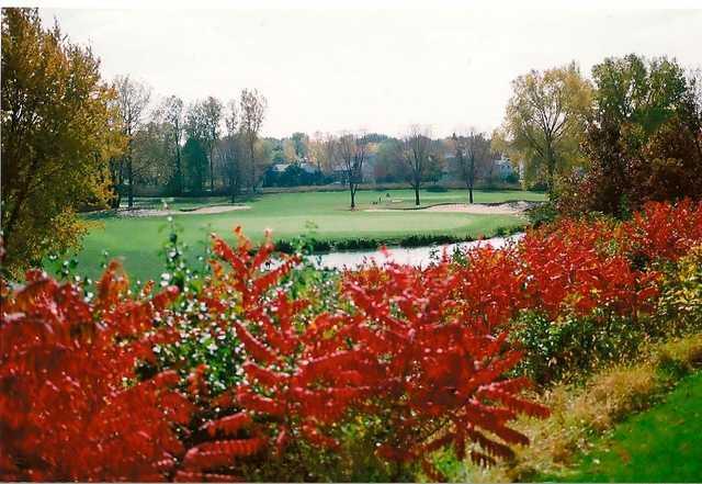 A fall view from Manitou Ridge Golf Club