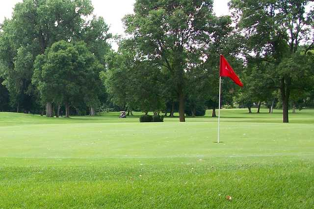 A view of a green at Brookland Park Golf Course