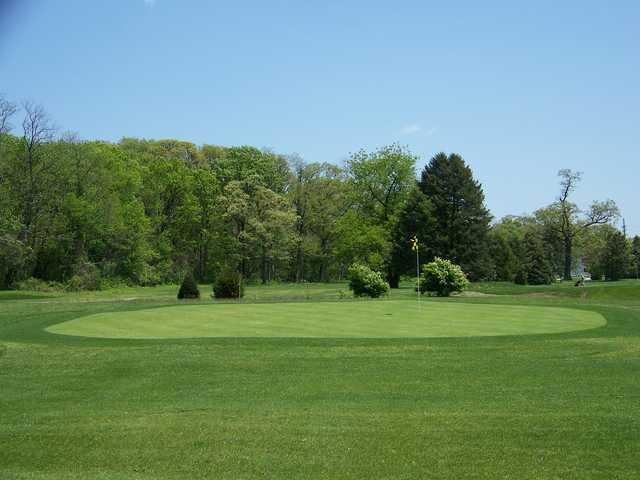 A view of a green at William F. Larkin Golf Course at Colonial Terrace