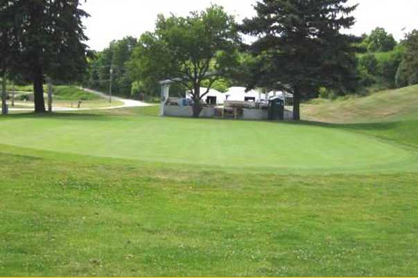 A view of a green at Del-Mar Golf Course