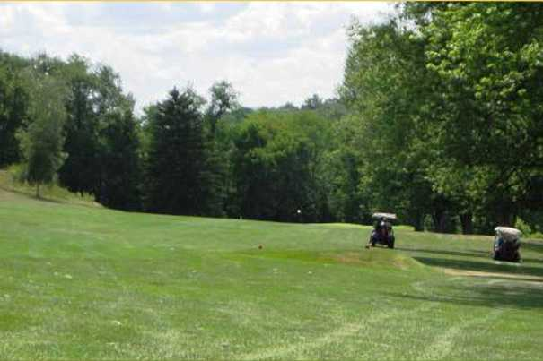 A view of a fairway at Del-Mar Golf Course