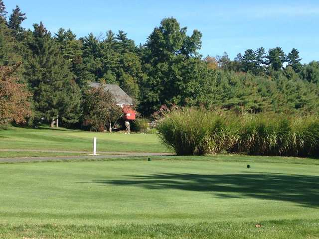A view of a tee at Hop Meadow Country Club
