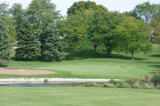 A view of the 5th hole at Kewanee Dunes