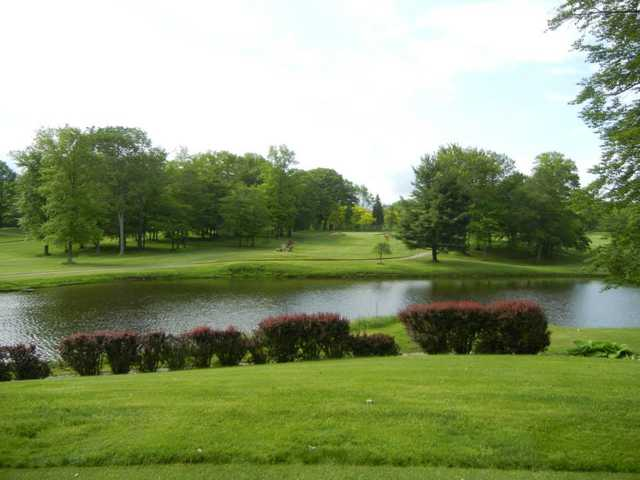 A view over the water from Hemlock Springs Golf Club