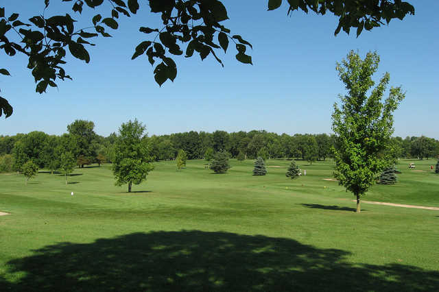 A view of a tee at Maple Creek Golf Club