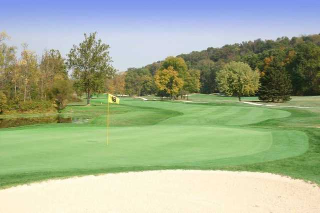 A view of hole #18 at Mountain View Golf Club