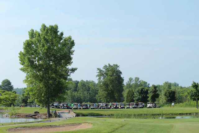 A sunny day view from Idlewild Golf Course