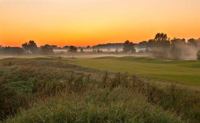 A view of a fairway at Hunters Ridge Golf Course (SBS Photography)