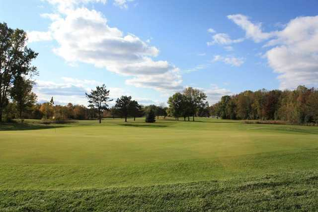 A view of the 1st hole at Hidden Oaks Golf Course