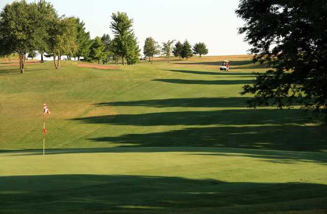 A view of hole #4 at Dodge Point Country Club