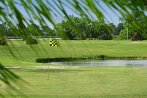 A view of a hole at Blue Heron Pines (Solsticecommunities)