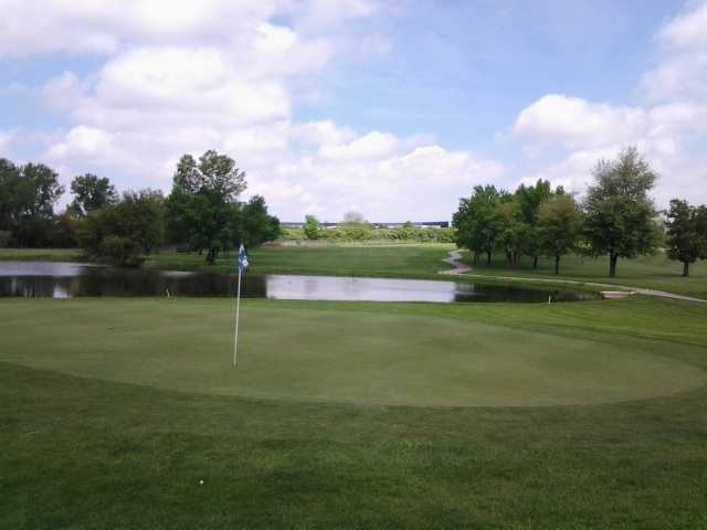 A view of a hole with water coming into play at Fresh Meadow Golf Course