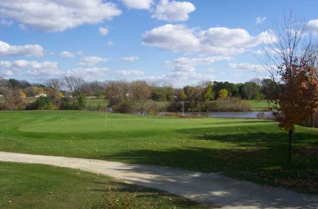 A view of green 11 with water in background at Cannon Golf Club