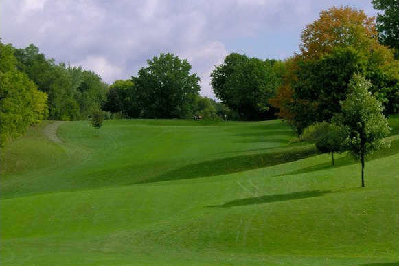 A view of a fairway at Erskine Park Golf Club (Michiana Golf)