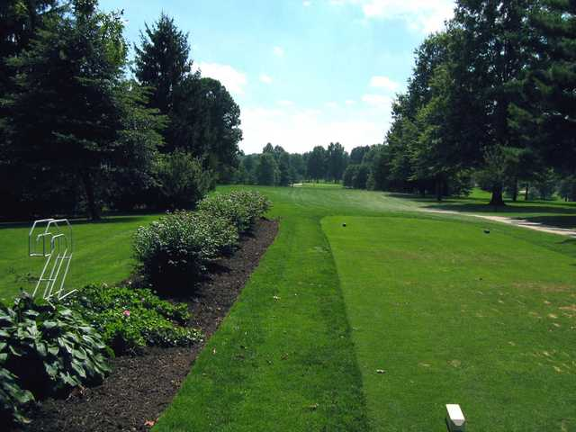 A sunny day view from Maplecrest Golf Club (Akron-Canton Hot List)