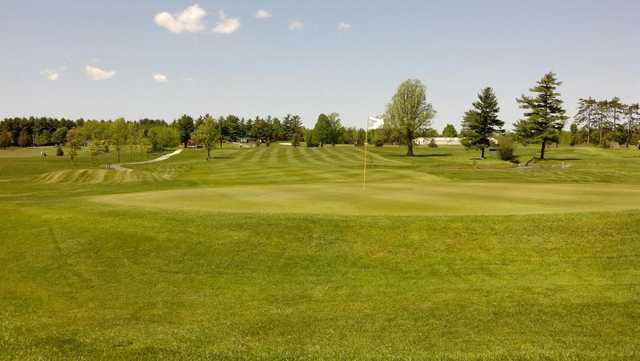 A view of hole #1 at North Country Golf Club