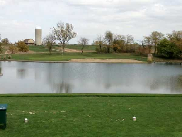 A view from a tee at Mozingo Lake Recreation Park Golf Course