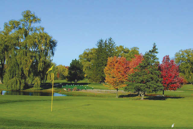A view of the 14th hole at LakeShore Yacht & Country Club