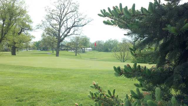 A view of the 5th green at London Country Club