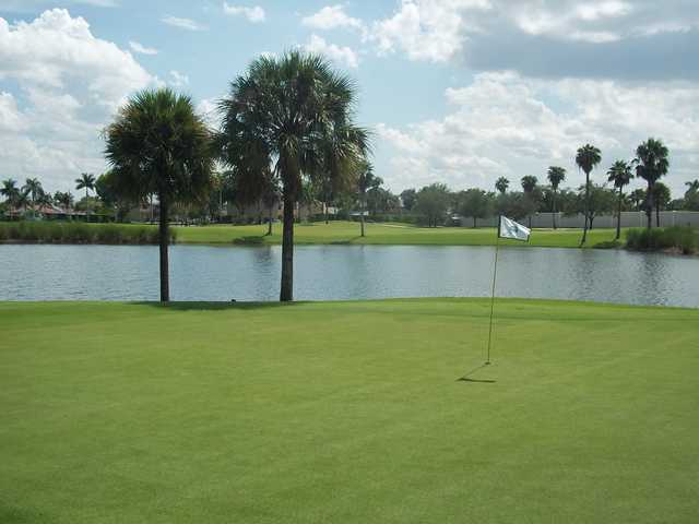 A view of a green at The Bridges at Springtree Golf Club