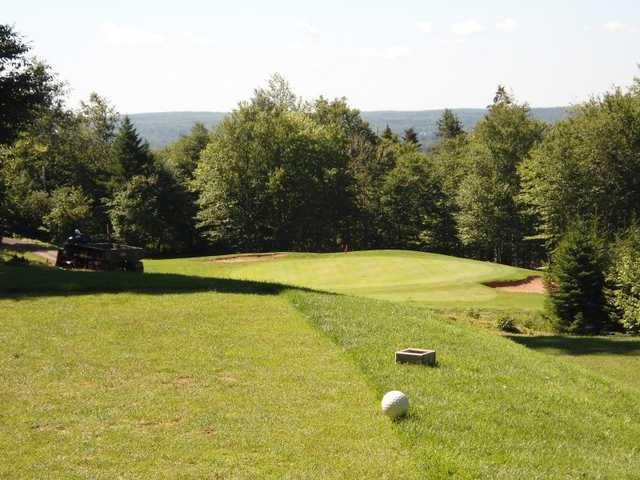 A view of the 5th green at Mountain Golf Club