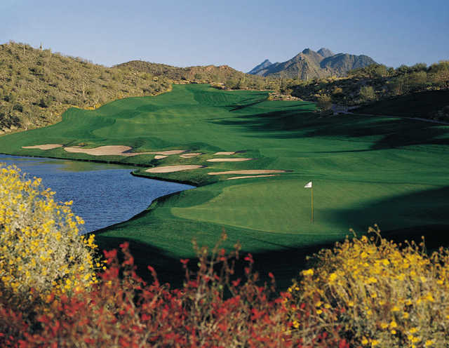 A view of the 18th green at Eagle Mountain Golf Club