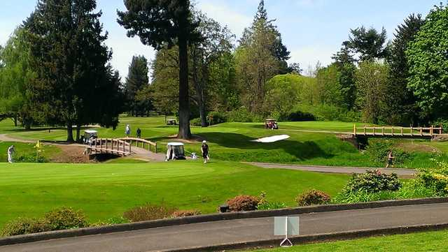 A sunny day view from McNary Golf Club