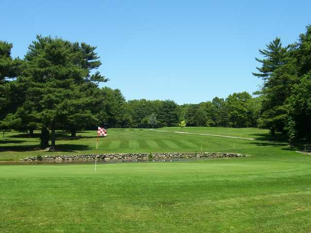 A view of a green with water coming into play at Stone - E - Lea Golf Course