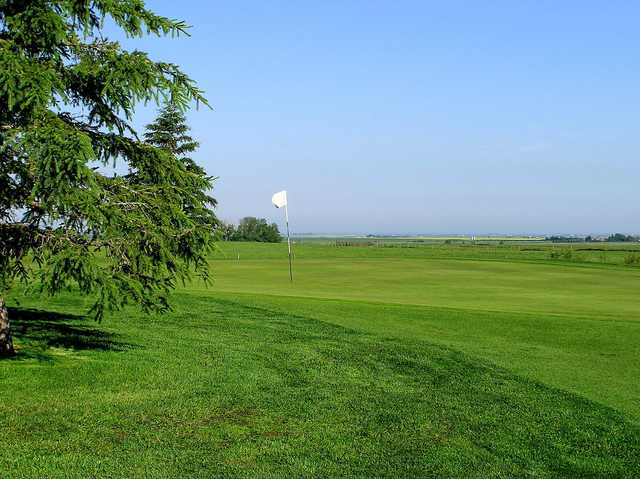 A view of a green at Strathmore Golf Club