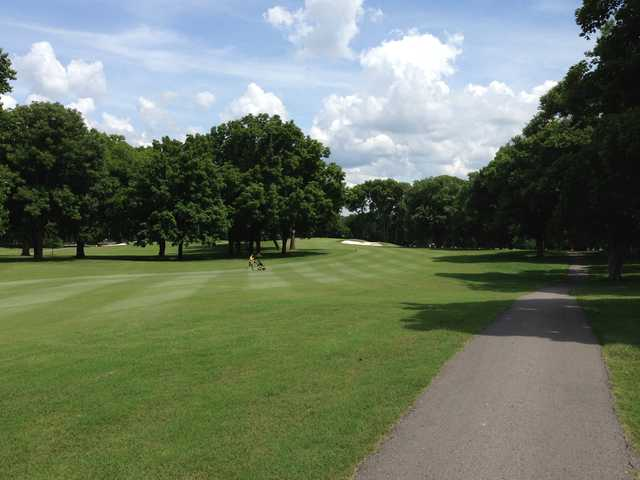 A view of fairway #2 at Bluegrass Yacht & Country Club (Tyler Ingram)