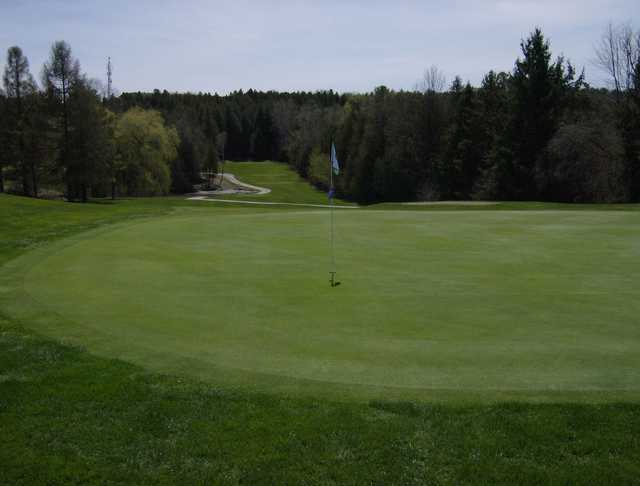 A view of a green at Lakeland from Westview Golf Club