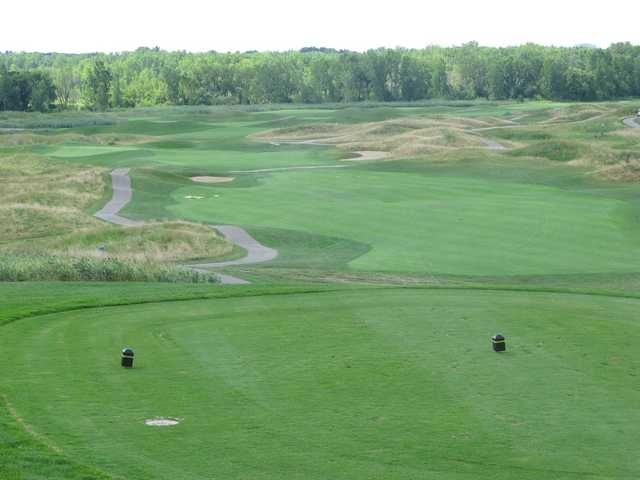 Sanctuary Lake GC: View from the 1st tee