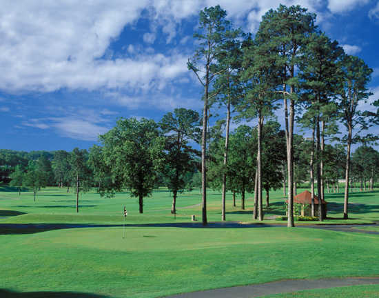A view of a green at War Memorial Golf Course
