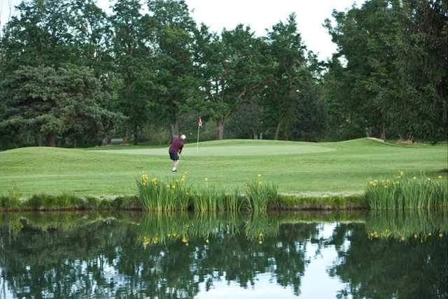 A view of the 16th green at Warm Springs Golf Course