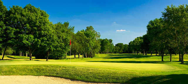 A view of a green at Broadmoor Country Club