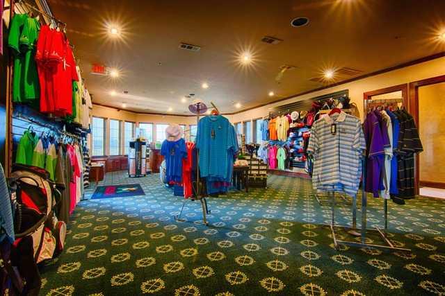 Southern Oaks GC: Pro shop