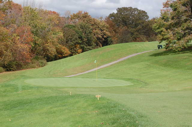 A view of the 1st green at Dudley Hill Golf Club