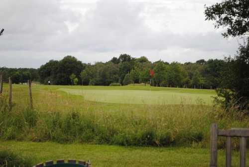 A view of a green at Billingbear Park Golf Club