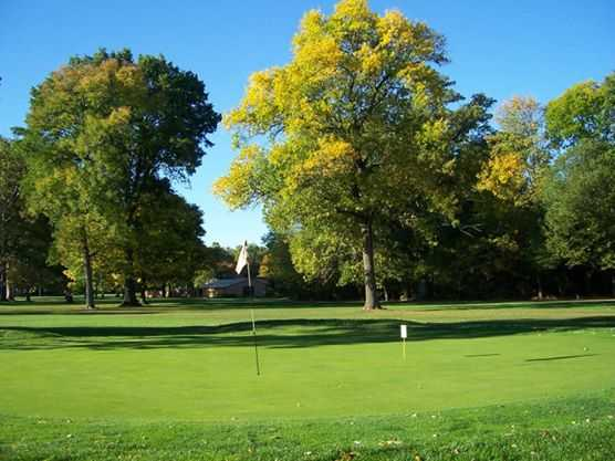 A view of a green at Indian Lake Country Club