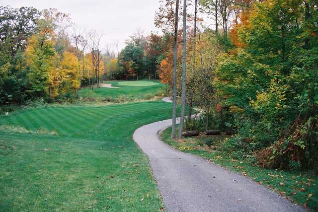 A fall view from Old Oakland Golf Club