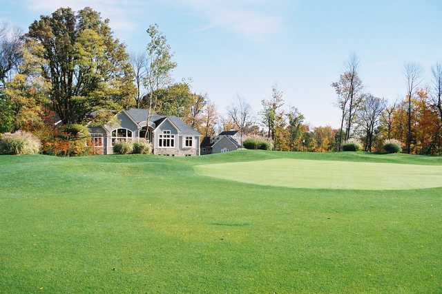 A view of a green at Old Oakland Golf Club