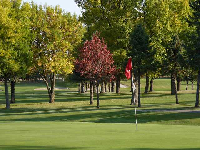 A view of a green at Oak View Golf Club