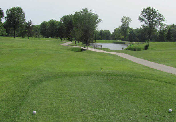 A view from a white tee at Knoll Run Golf Course