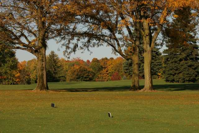 A view of a tee at Salem Hills Golf Club