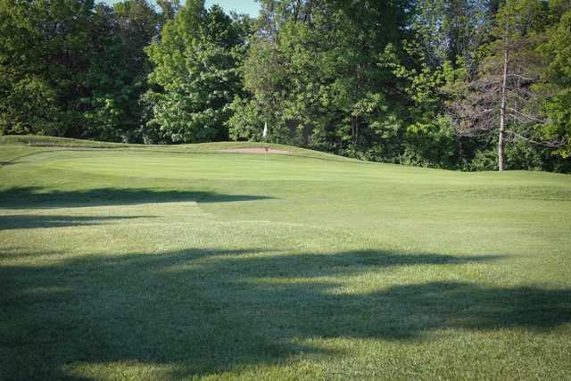 A view of green #9 at Wingham Golf Club (Emily Young Photography)